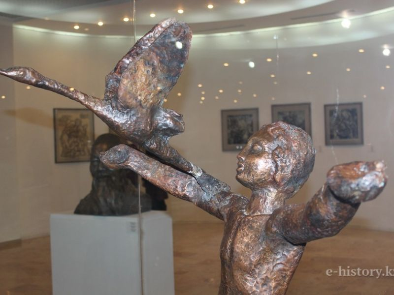 "The hall of graphics and sculpture was opened in ""Astana"" art gallery"