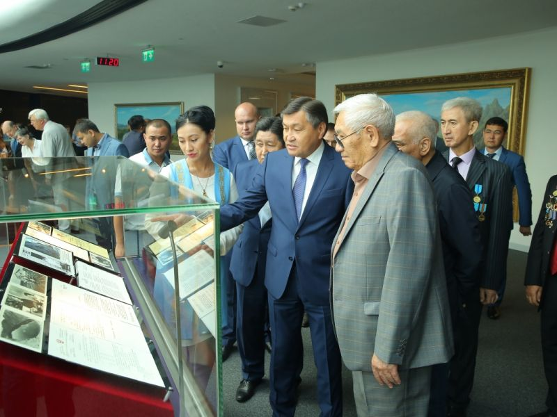 Kazakhstan model of the nuclear-free world